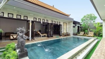 Beautiful 3 bedroom villa in berawa-Canggu