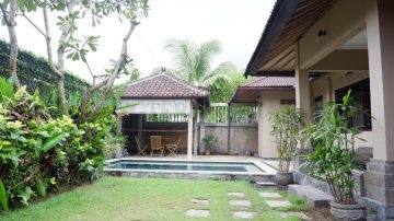 2 bedroom house with pool in Sanur