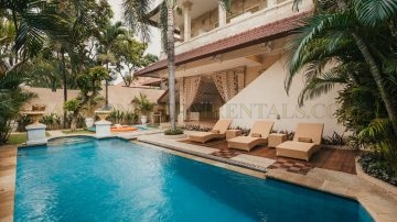 3 bedroom villa in best location of Seminyak
