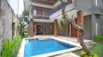 4 bedroom villa in good area of Sanur