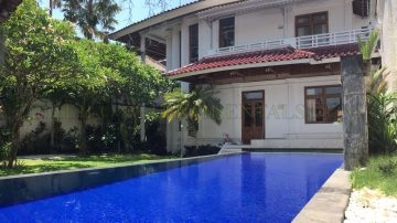 4 bedroom big classic villa – Beach Side