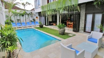 4+ Bedroom private villa in Seminyak area