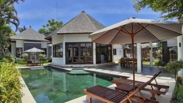 3 bedroom Luxury villa  Berawa – Canggu