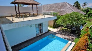 3 bedroom – 100 m from the beach