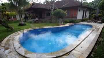 3 Bedrooms Balinese Architecture Villa