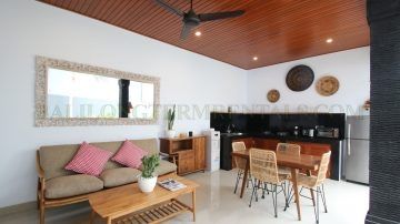 Newly renovated 2 bedroom private villa
