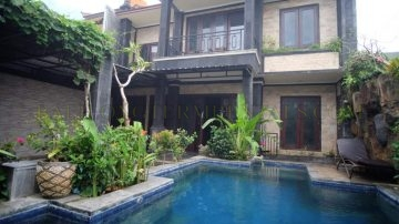 5 bedroom villa in Jimbaran