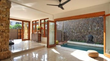 Beach side! New 3 bedroom villa in Sanur