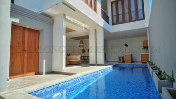 Brand new 3 bedroom villa in Petitenget