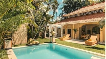 Beautiful 2 bedroom villa in Seminyak (sub-letting permitted)