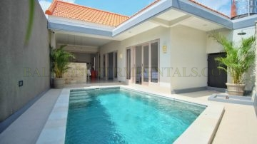 Bright and clean villa in North Canggu