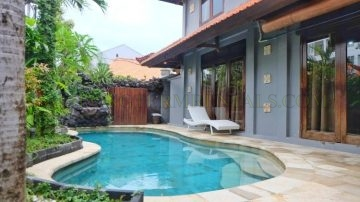 BEACH SIDE — 3 BEDROOM balinesse  VILLA IN SANUR