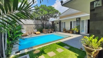 BEAUTIFUL 3 BEDROOM VILLA IN SANUR — BEACHSIDE