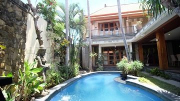 3 BEDROOM TROPICAL VILLA IN SANUR