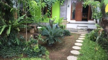 THREE BEDROOMS HOUSE IN SANUR