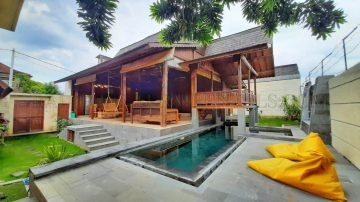 BEAUTIFUL JOGLO VILLA IN SANUR