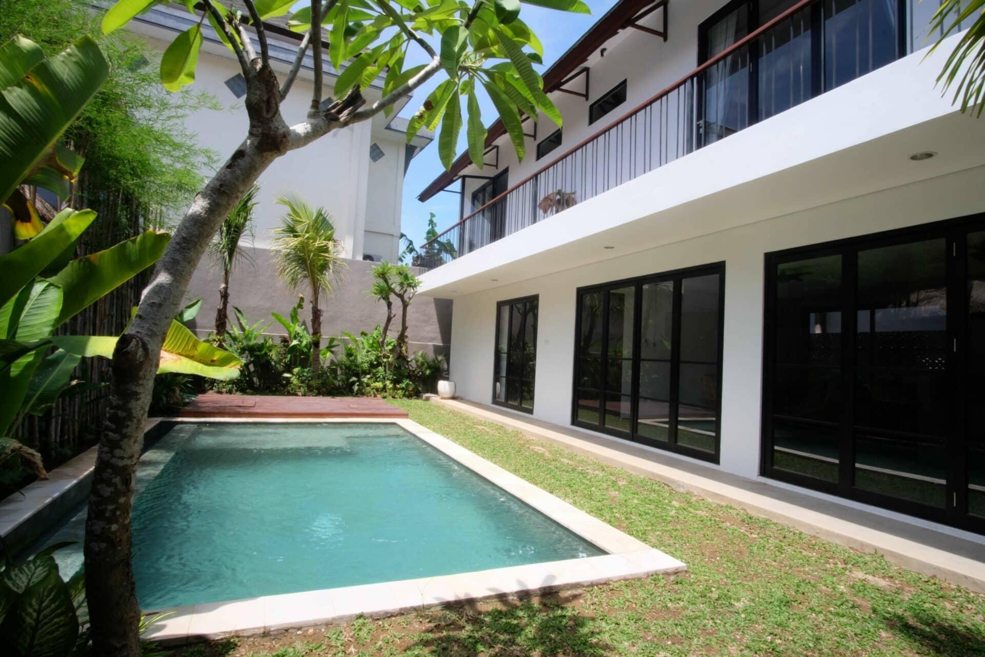 Beautiful Brand New 3 Bedroom Villa in the Center of Batu Bolong