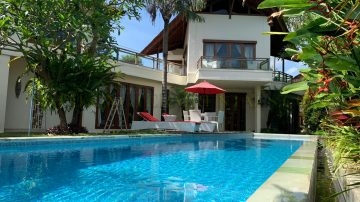 BEAUTIFUL 4 BEDROOM VILLA IN CANGGU