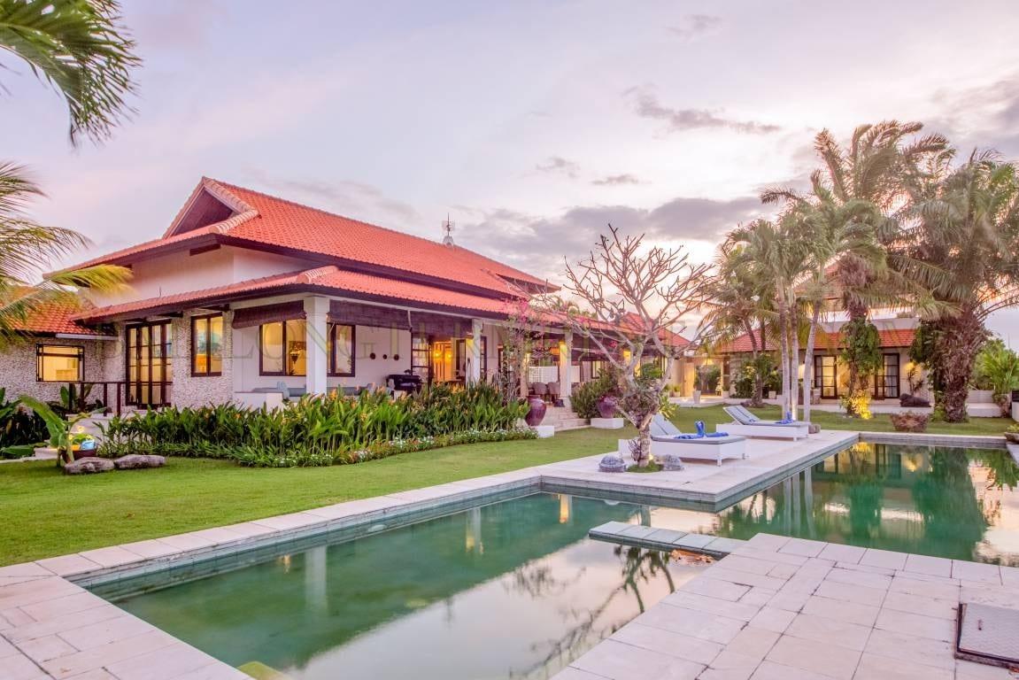 Amazing 5 Bedroom Villa In Uluwatu With Ocean View