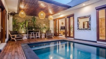 2 bedroom retreat in Central Seminyak