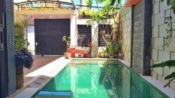 Homey 3 bedroom house with pool in Sanur