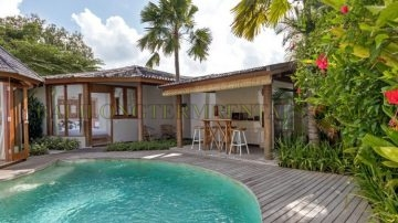 2 BEDROOM TROPICAL VILLA IN BERAWA