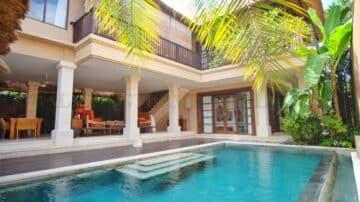 beautiful beach side villa in Seseh