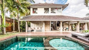 3 Bedroom Villa for Monthly Rental Near Petitenget Beach