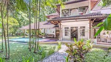 4 bedroom villa for monthly rental, July-August 2020