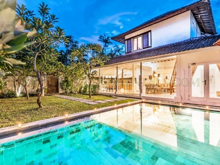 4 Bedroom Villa For Monthly Rental Near Double Six Beach