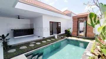 Brand New, 3 bedroom villa for yearly rental in Canggu