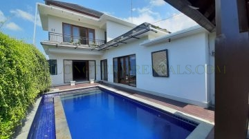 Stylish 3 bedroom villa in Kerobokan close to Bali Kiddy School