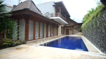 Nice 3 Bedrooms Villa in Sanur Beachside