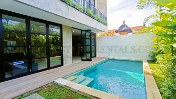 Industrial style 2 Bedroom Villa in the trendy of Berawa