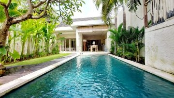 Private 2 bedroom villa in the heart of Batu Belig Area