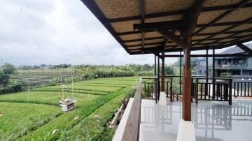 Brand New 3 Bedrooms Villa with Farm and Mountain  View