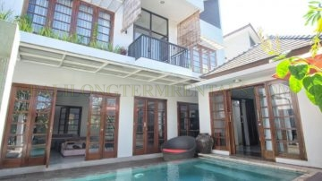 PRIVATE 3 BEDROOMS VILLA IN UMALAS AREA