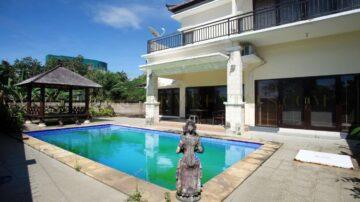 4 Bedrooms Villa in Mumbul