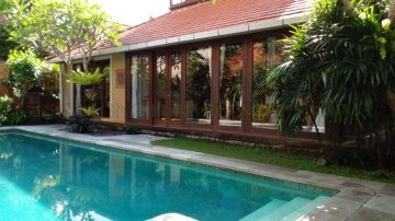 Classic 3 Bedrooms Villa in Sanur Beachside