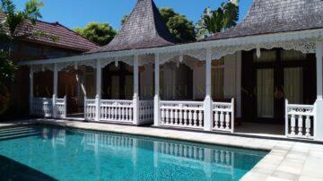 3 Bedrooms Joglo Villa in Sanur Beachside