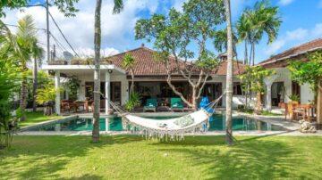 5 Bedroom Family Villa – Berawa